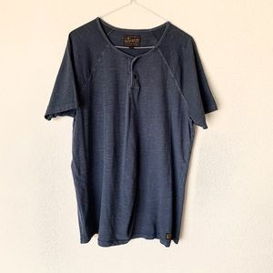 • Lucky Brand washed and worn Tee •
